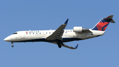 A picture of N461SW - Mitsubishi CRJ200LR - Delta Air Lines - © DJ Reed - OPShots Photo Team