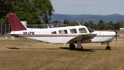 VH-LPW - Piper PA-32R-301 Saratoga SP - Central Highlands Air Transport