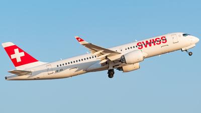 A picture of HBJCI - Airbus A220300 - Swiss - © Matteo Generoso
