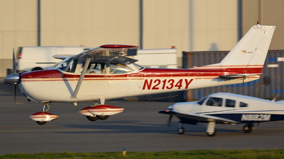 N2134Y - Cessna 172D Skyhawk - Private