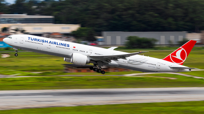 TC-LJF - Boeing 777-3F2ER - Turkish Airlines