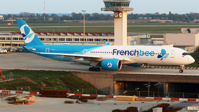 F-HREV - Airbus A350-941 - French Bee