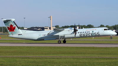 C-FSRZ - Bombardier Dash 8-Q402 - Air Canada Express (Sky Regional Airlines)