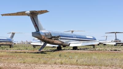 N70425 - McDonnell Douglas MD-82 - Untitled