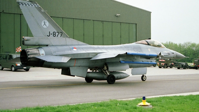 J-877 - General Dynamics F-16A Fighting Falcon - Netherlands - Royal Air Force