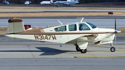 N3147W - Beechcraft V35B Bonanza - Private
