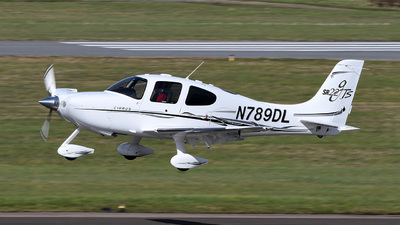 A picture of N789DL - Cirrus SR22 - [1732] - © bruno muthelet