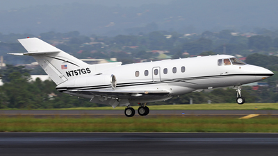 N757GS - Hawker Beechcraft 800XP - Private