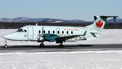 C-GLHO - Beech 1900D - Air Canada Express (Evas Air)