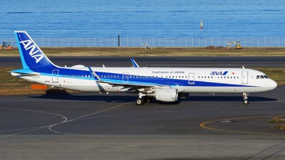 A picture of JA111A - Airbus A321211 - All Nippon Airways - © tomobile