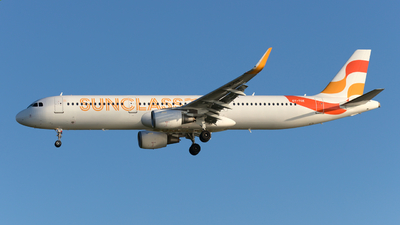 OY-TCE - Airbus A321-211 - Sunclass Airlines