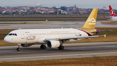 5A-LAQ - Airbus A320-214 - Libyan Arab Airlines
