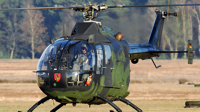 86-95 - MBB Bo105P1 - Germany - Army