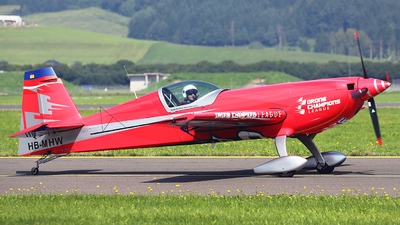 HB-MHW - Extra 330SC - Private