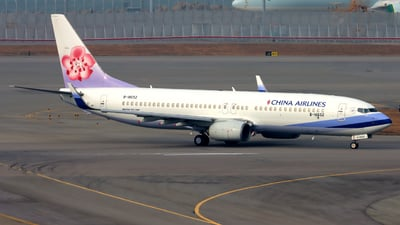 A picture of B18652 - Boeing 7378Q8 - China Airlines - © Thomasng