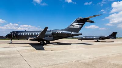 N10SL - Bombardier BD-700-1A11 Global 5000 - Private