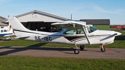SE-IBC - Cessna R182 Skylane RG - Private