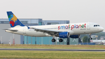 LY-SPG - Airbus A320-214 - Small Planet Airlines