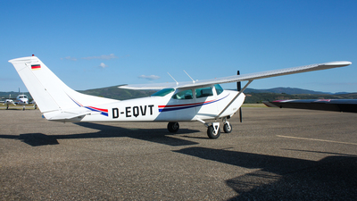 D-EQVT - Cessna 172 Skyhawk - Private