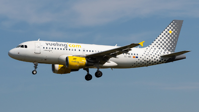 EC-MIR - Airbus A319-112 - Vueling Airlines