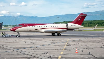 M-AFMA - Bombardier BD-700-1A10 Global Express - Private