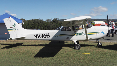 VH-AHH - Cessna 172R Skyhawk - The Scout Association of Australia, New South Wales Branch.