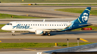 A picture of N174SY - Embraer E175LR - Alaska Airlines - © global_flyer1