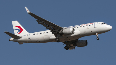 B-8391 - Airbus A320-214 - China Eastern Airlines
