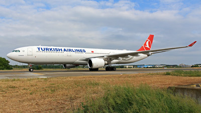 TC-JOE - Airbus A330-303 - Turkish Airlines