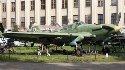 21 - Ilyushin Il-2m3 - Poland - Air Force