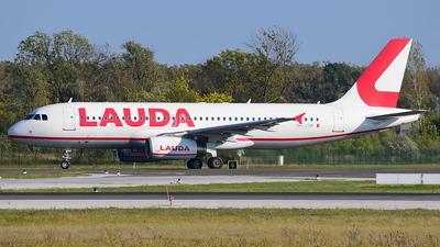 9H-LOM - Airbus A320-232 - Lauda Europe