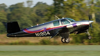 N1904 - Beechcraft C35 Bonanza - Private