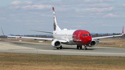 LN-NOB - Boeing 737-86N - Norwegian