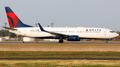 A picture of N3736C - Boeing 737832 - Delta Air Lines - © Alec Mollenhauer
