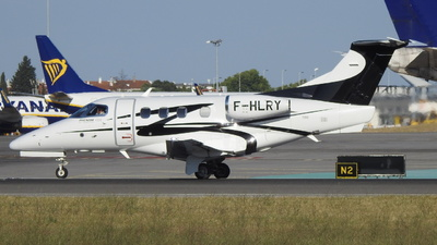 A picture of FHLRY - Embraer Phenom 100 - [50000354] - © Rui J Pais