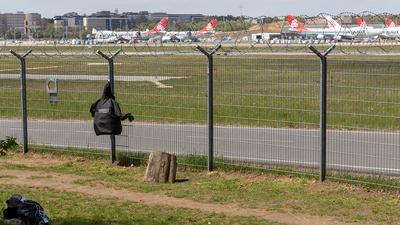 ELLX - Airport - Spotting Location