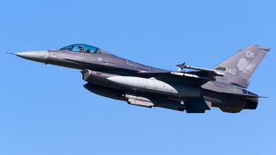 89-2040 - General Dynamics F-16CG Fighting Falcon - United States - US Air Force (USAF)