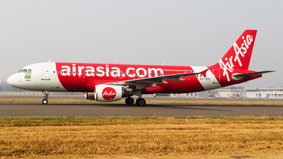 A picture of VTDEL - Airbus A320214 - AirAsia - © Akshay M