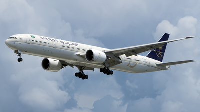 A picture of HZAK25 - Boeing 777367(ER) - Saudia - © Isaac_SeaandSky