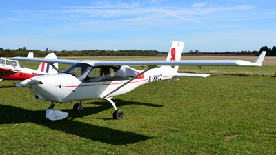G-PHYZ - Jabiru J430 - Private