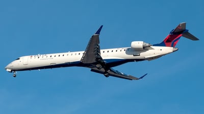 A picture of N228PQ - Mitsubishi CRJ900LR - Delta Air Lines - © Yan777