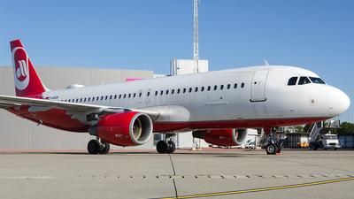 D-ASGK - Airbus A320-214 - SundAir