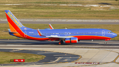 N8620H - Boeing 737-8H4 - Southwest Airlines