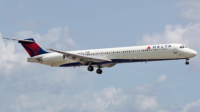 N983DL - McDonnell Douglas MD-88 - Delta Air Lines