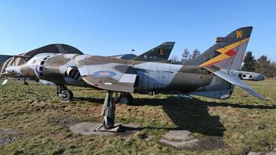 XW919 - Hawker Siddeley Harrier GR.3 - United Kingdom - Royal Air Force (RAF)