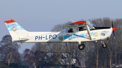 A picture of PHLPO - Cessna F172M Skyhawk - [01500] - © BaszB
