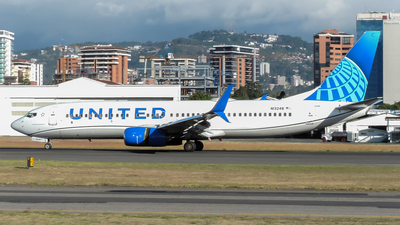 A picture of N13248 - Boeing 737824 - United Airlines - © Ariel Castillo Morales