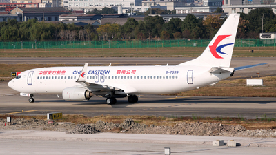 A picture of B7599 - Boeing 73789P - China Eastern Airlines - © laohan