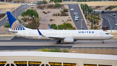 N36472 - Boeing 737-924ER - United Airlines