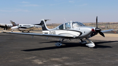 ZS-SSD - Cirrus SR22-GTS - Private